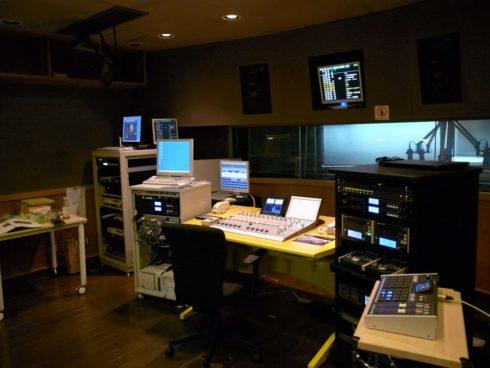 カスタマイズミキサーDHD.audio 52RX導入事例-エフエム富士様-