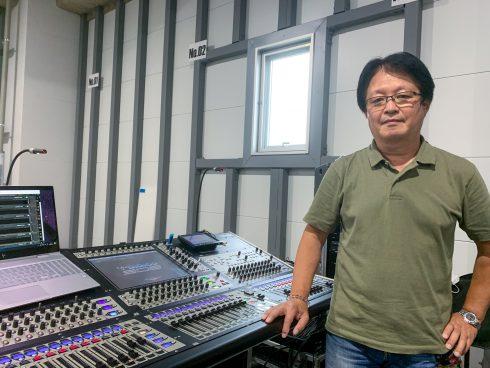 オーディオプロセッサーを使用したドライブイン・コンサート